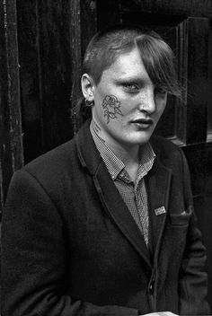 Ces photos montrent un aperçu de la vraie vie des skinheads britanniques