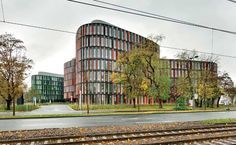 Oval Offices | Sauerbruch Hutton | Cologne, Germany