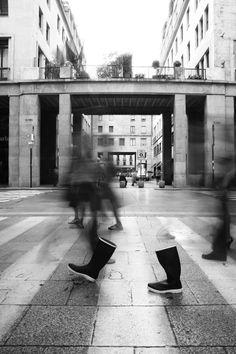 invisible man tra le strade di Torino