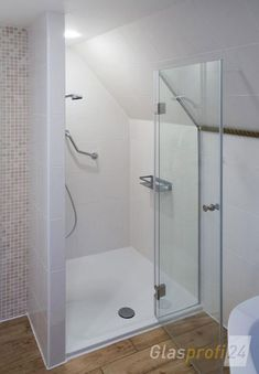 Niche shower enclosure with clear glass – glass shower partition … Attic Shower, Small Attic Bathroom, Attic Bedroom Small, Loft Bathroom, Tiny Bathrooms, Upstairs Bathrooms, Attic Rooms, Attic Spaces, Attic Renovation