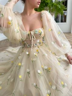 Pretty Outfits, Pretty Dresses, Beautiful Dresses, Glamouröse Outfits, Evening Dresses, Prom Dresses, Long Ball Dresses, Puffy Dresses, Flower Dresses