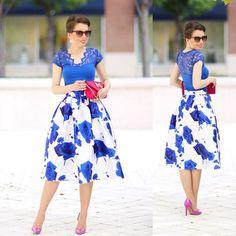 Blue Roses Printed Midi Skirt - Retro, Indie and Unique Fashion