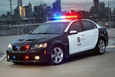 A G8 (2008-'09) in. Los Angeles Police Dept. livery... hadn't been aware, there even was an Enforcer (PMD's traditional name for its police/fire service-specific models) program involving the GM Holden-sourced model. OTOH, given the relatively wide use of the Holden-built Chevy Caprice PPV in N. America to date, that's probably not truly surprising either.
