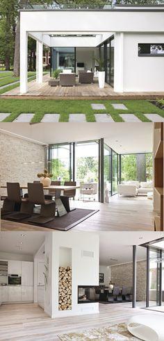 Bungalow EbenLeben Weberhaus   Modernes Flachdach Haus Im Bauhausstil Mit  Glasfassade, Kamin Und Terrasse