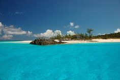 The Bahamas are a popular winter destination. If you have a trip planned, you may wonder what you'll need. Here are things you should pack for your trip to the Bahamas.