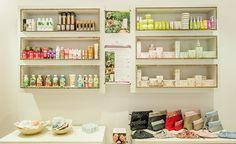 Retrouvez nos petites Pulpes BIO et 100% naturelles dans les magasins @Mademoiselle Bio à Paris <3 www.pulpedevie.fr  #boutique #cosmetiquebio #Paris