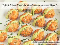 Baked Salmon Meatballs with Creamy Avocado - Phase 3