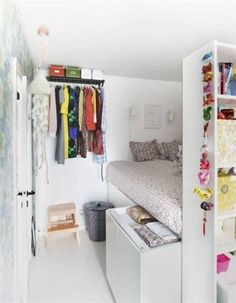 Teen Girl Bedrooms sweet example - Fun family room decor tips. Stored in modern teen girl bedrooms decor , nicely imagined on this perfect moment 20190818 Small Bedroom Organization, Bedroom Storage, Organization Ideas, Storage Ideas, Bed Storage, Closet Organization, Closet Storage, Creative Storage, Storage Solutions