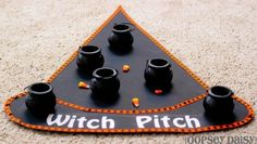 halloween game: witch pitch