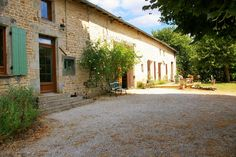 Leggett: French Property - Price: € 219350 Property in Poitou Charentes Deux Sevres Beautiful renovated stone house, 5 nice sized bedrooms, swimming pool, a bedroom gite, barn/garage/ large garden 5 km from Sauzé Vaussais and Pioussay. Property Prices, Property For Sale, Poitou Charentes France, Houses In France, Barn Garage, French Property, Swimming Pools, Mansions, House Styles