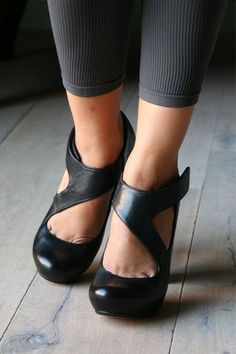 Casual Summer Shoes - Must Have Footwear Collection. The Best of wedges in 2017.