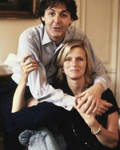 Paul McCartney and Linda Eastman-McCartney (Aw a beautiful one)