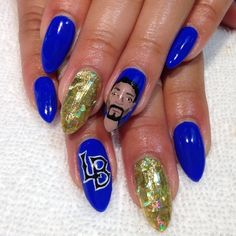 Snoop Dogg manicure