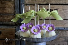 Can't wait until the cupcakes have frosting on them so I can decorate them with these pretty sugar flowers on the side! {photography b. Beautiful Cake Pictures, Beautiful Cakes, Lilac Flowers, Sugar Flowers, Purple Lilac, Wedding Cake Pops, Wedding Cakes, Haute Cakes, Flower Cake Pops