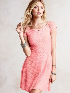 Very pretty off the shoulder lace dress for spring and summer.