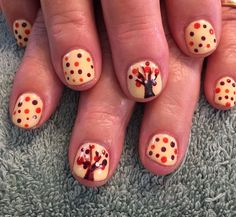 Nails by Mindy 816-914-8987 Historical square Liberty, MO Fall leaves thanksgiving tree
