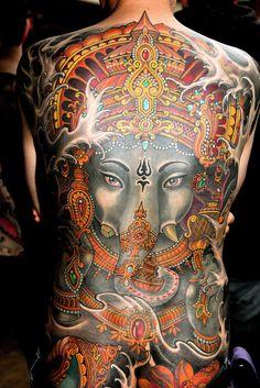gangbang bonn tattoo rippenbogen mann