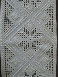 Types Of Embroidery, Learn Embroidery, Vintage Embroidery, Embroidery Thread, Embroidery Patterns, Loom Patterns, Ancient Persia, Drawn Thread, Hardanger Embroidery