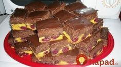 Neskutočne dobrý koláčik: Čoko-čerešňové kocky s výborným krémom, najlepšie chutia dobre vychladné! Sweet Cakes, Nutella, Sweet Recipes, Smoothies, Sweet Tooth, Cheesecake, Food And Drink, Cooking Recipes, Sweets