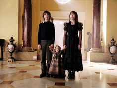 Google Image Result for http://images5.fanpop.com/image/photos/28000000/The-Baudelaire-Mansion-lemony-snickets-a-series-of-unfortunate-events-28089666-2048-1536.jpg
