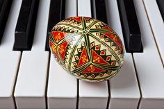 Google Image Result for http://images.fineartamerica.com/images-medium-large/painted-easter-egg-on-piano-keys-garry-gay.jpg