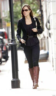 Kate Middleton, qui épousera le prince William le 29 avril 2011, a progressivement affiné, au propre comme au figuré, sa silhouette au cours des années. Le 26 septembre 2007 à Londres.