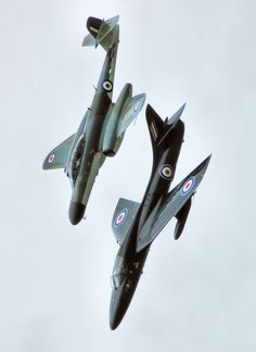 Gloster/Armstrong Whitworth Meteor NF MK and Hawker Hunter Air Force Aircraft, Fighter Aircraft, Fighter Jets, Military Jets, Military Aircraft, Gloster Meteor, Rocket Engine, British Armed Forces, Royal Air Force