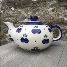 Small Blueberry Patterned Tea pot - Hand Painted Polish Pottery by Boleslawiec