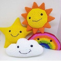 Perfect Knit Pillow Models For Baby Room – Knitting And We Crochet Amigurumi, Amigurumi Patterns, Crochet Dolls, Crochet Patterns, Crochet Home, Crochet Gifts, Cute Crochet, Crochet Cushion Cover, Crochet Pillow