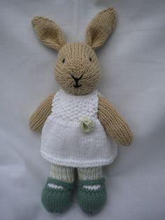 Snowdrop een hand gebreid konijn konijn