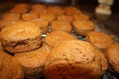 Come taste traditional Newfoundland recipes such as Molasses Buns from the place we call home. We only have the traditional Newfoundland recipes your mother & grandmother use to make! Cookbook Recipes, Bread Recipes, Baking Recipes, Cookie Recipes, Dessert Recipes, Yummy Treats, Delicious Desserts, Yummy Food, Newfoundland Recipes