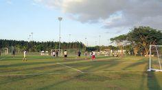 O Paradise Resort foi onde a seleção da Bélgica ficou para a copa do mundo e tem um campo de futebol com gramado em excelente condição.