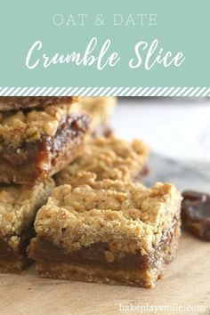 Classic Oat & Date Crumble Slice - an oaty base, sweet date filling and crumbly topping. it doesn't get much better than this! If you've been reading Bake Play Smile for a little while now, Baking Recipes, Cake Recipes, Dessert Recipes, Cookie Desserts, Dessert Bars, Dessert Ideas, Candy Cookies, Baking Desserts, Bar Cookies
