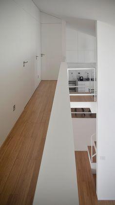 La casa de Arquitectura Rifa gen 2006 es la obra que se construye a partir de ganar el primer premio del concurso anual de estudiantes del Grupo de Viaje de la Facultad de Arquitectura, diseño y Urbanismo. UdelaR.