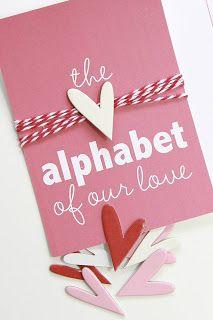 Acabo de ver esta idea por pinterest y me ha encantado. Se trata de hacer un  alfabeto y que con cada letra digamos algo sobre nuestra rela...