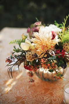 Stunning floral design by Nancy Liu Chin, photos by Michele Waite | junebugweddings.com