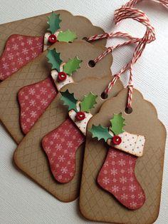 Étiquettes de Noël... Shabby chic de style vintage fait main bas âgés prim encré en détresse