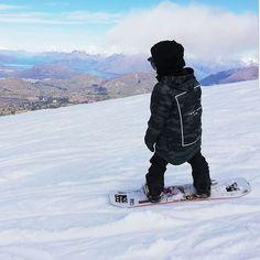 INDYSLOPESTYLE Battalion Camo 8K Tech Snowboard Hoodie / indyslopestyle.com / Shipping Worldwide Snowboarding, Camo, Winter Jackets, Tech, Street Style, Hoodies, Snow Board, Tecnologia, Sweatshirts