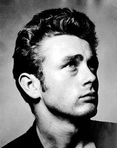 This is one of my all time favorite photos of James Dean. The angle is just perfect, it captures his strikingly handsome features so flawlessly, and there is so much emotion behind his eyes. So much depth and beauty. Hollywood Stars, Classic Hollywood, Old Hollywood, James Dean, Celebridades Fashion, Avengers 2012, East Of Eden, Hommes Sexy, Celebrity Gallery