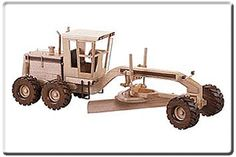 U-Bild Road Grader (Pattern No. - from Toys and Joys Woodworking Toys, Woodworking Projects, Wood Toys Plans, Toy Trucks, Wood Carvings, Toys For Boys, Wooden Toys, Arts And Crafts, Pencil