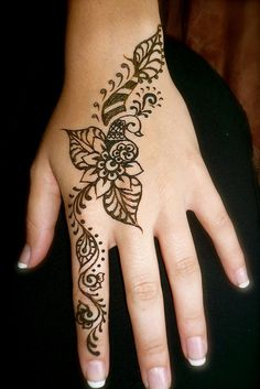 Love this simple henna