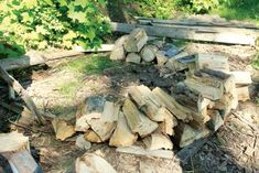 Build a holz hausen to dry firewood | Backwoods Home Magazine