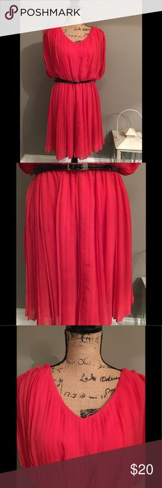 Jessica Simpson pleated dress Jessica Simpson pleated dress in red. Flowy and cute. Black belt shoulder button detail makes for a perfect date night dress, holiday dress or wear for your special valentine. Jessica Simpson Dresses Midi