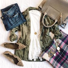 Fall outfit inspiration from thesouthernstyleguide.com