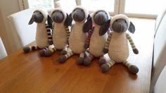 by MiaBina: Lammasviisikko valmistui - Five Little Lambs - Done!