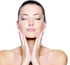 Putting an end to baggy, wrinkled skin and face lines permanently: Begin facial gymnastics workouts as soon as possible. Facial aerobics exercises are an excellent form of no surgery facelift Lift Make, Facial Yoga, Facial Massage, Unrefined Coconut Oil, Collagen Powder, Derma Roller, Tips Belleza, Perfect Skin, Beauty Hacks