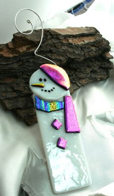 Pink Fused Glass Snowman Fused Glass Ornament by hbjewelrydesign, $16.00