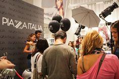set fotografico per l'apertura store Piazza Italia in via del corso Roma settembre 2013