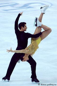 The Virtue-Moir Legacy Project Virtue And Moir, Tessa Virtue Scott Moir, Figure Skating Olympics, Love On Ice, Legacy Projects, Tessa And Scott, On Thin Ice, Body Figure, Ice Dance
