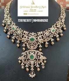 Indian Bridal Jewelry Sets, Bridal Jewellery, Indian Jewelry, Emerald Jewelry, Diamond Jewellery, Short Necklace, Simple Necklace, Bracelet Designs, Necklace Designs